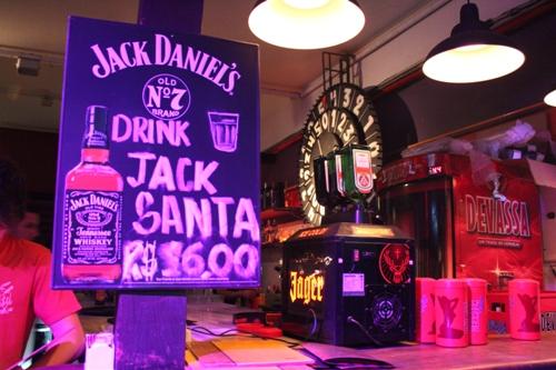 Jack Santa e Jägermeister.