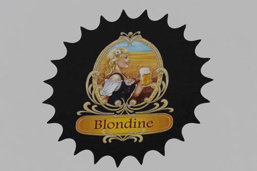 Blondine.