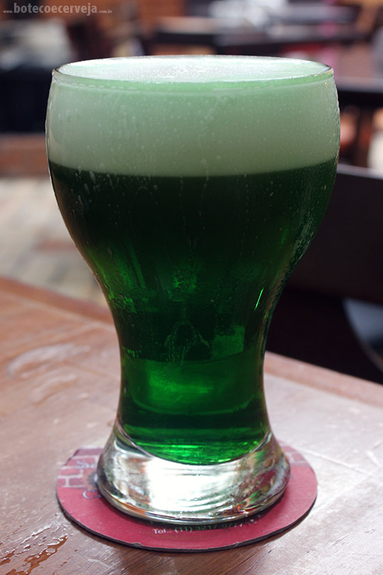 Caetano's Bar: Chope Verde.