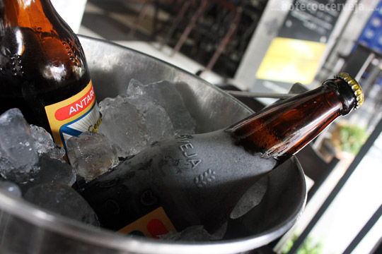 Bar Providência: Original no balde.