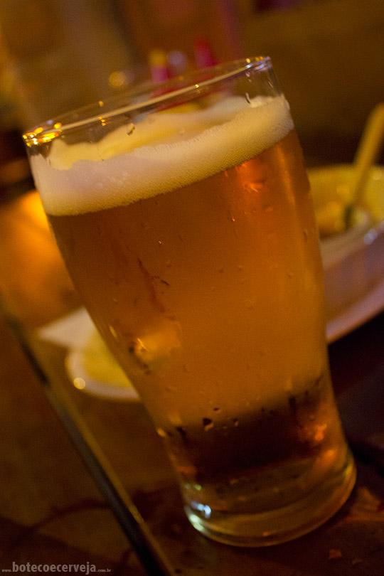 Deep Bar 611: Heineken.