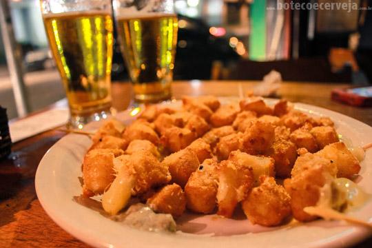 Finnegan's Pub: Porção Provolone